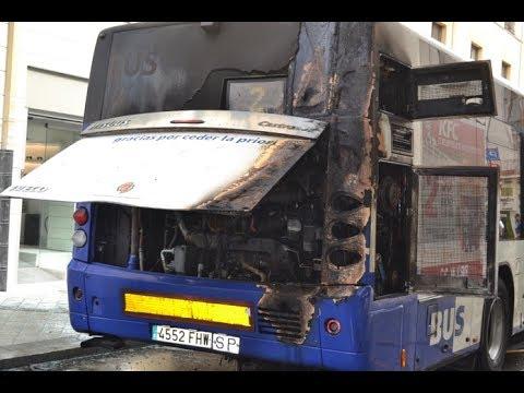 Incendio autob s urbano en valladolid youtube - Spa urbano valladolid ...