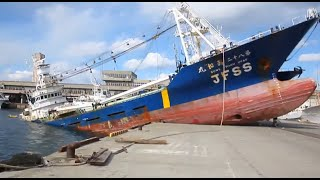Repeat youtube video Ship Crash Compilation