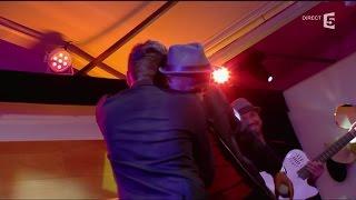 """Kendji et Soprano, en Live avec """"No me mires mas"""" - C à vous - 11/01/2016"""