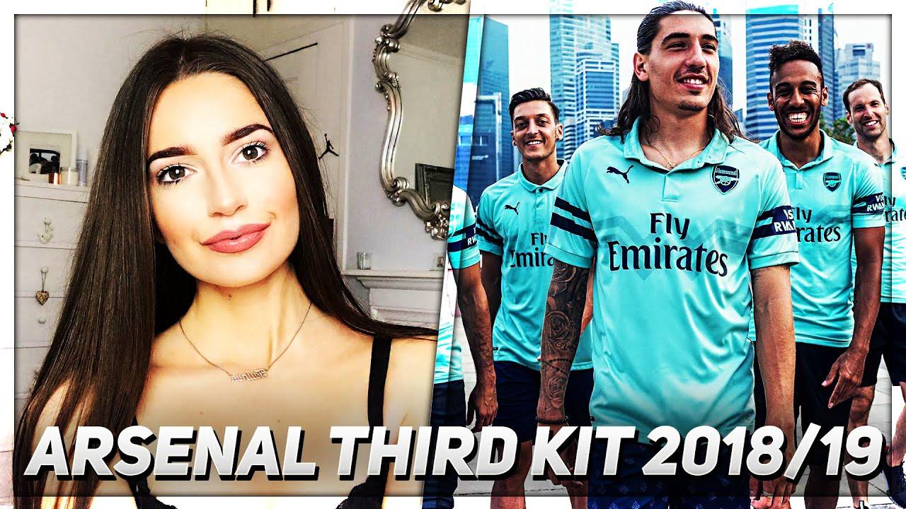 Arsenal Third Kit Review (Sophia s Review)  efef406df