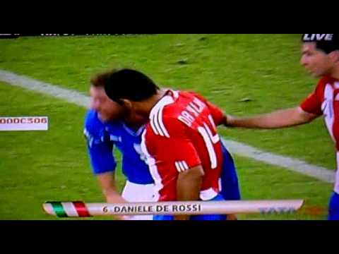 Hilarious Daniele De Rossi Diving Italy vs Paraguay FIFA World Cup 2010