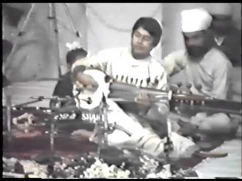 Ustad Amjad Ali Khan and Ustad Zakir Hussain Rag Bageshree and Malkauns.
