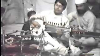 Ustad Amjad Ali Khan and Ustad Zakir Hussain Rag Bageshree and Malkauns.