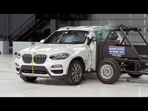 2018 BMW X3 Side IIHS Crash Test