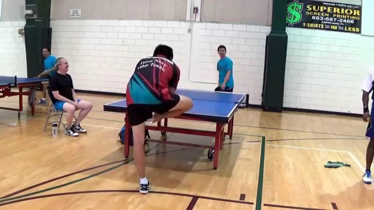 Tennis de table : le coup du siècle !