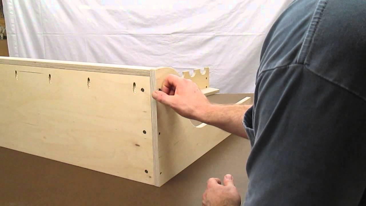 vertical freestanding gun rack assembly