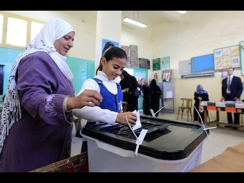 Update: Egypt votes on divisive draft constitution