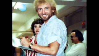 Watch Keith Whitley Daddy Loved Trains video