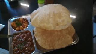 Foodie Ka Review   Bhature Cholle & Lassi   Kapoor's Cafe   Bangalore