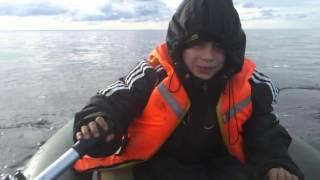 Первая рыбалка с Арт на Белом море :)(, 2015-09-26T11:48:38.000Z)