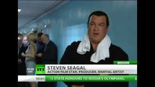 Repeat youtube video Steven Seagal teaches Muscovites to fight