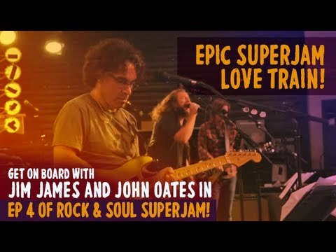 "SuperJam 2013: ""Love Train"" Performed by John Oates and Bilal and ""Use Me"" 