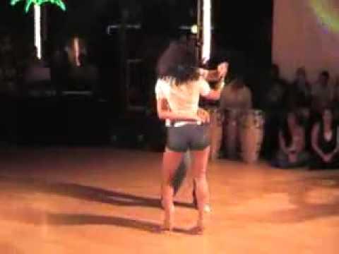 Танец секси латина видео
