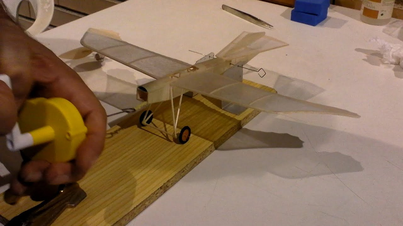 Indoor Free Flight Peanut Scale Models In Madrid Spain