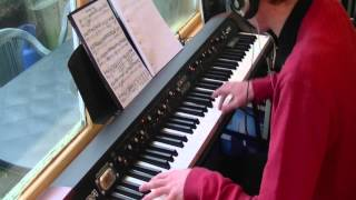 Robbie Williams - Let Me Entertain You - Piano Cover