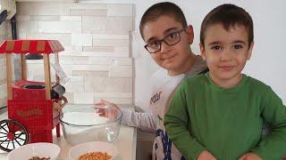 Berat ile Buğra Mutfakta Çikolatalı Mısır Yaptı