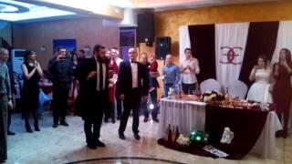 На Еврейской свадьбе бывает и такое!