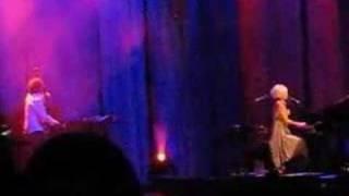 Tori Amos - Hoochie Woman - San Diego REMIX