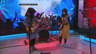 Aksi 'Cadas' Hijabers Nge-Rock - 'School Revolution' by VOB