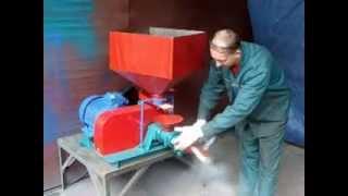 видео Мини экструдеры для производства кормов