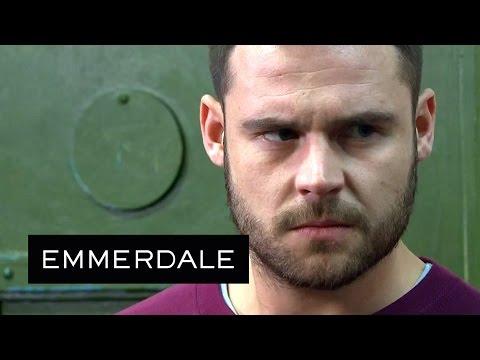 Emmerdale - Aaron Defends A Fellow Gay Prisoner