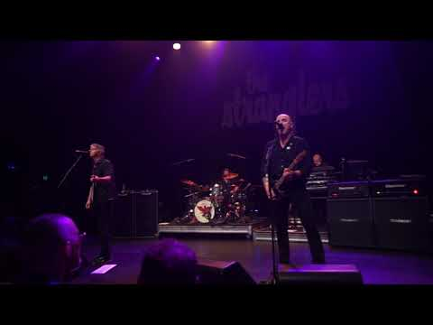 The Stranglers - Walk On By - Melbourne Forum Theatre