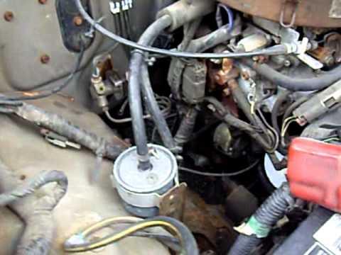 1987 Nissan Pickup Special Edition Z24 motor rev  YouTube