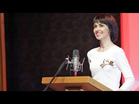 Смотреть Как живет первая леди Крыма Елена Аксенова онлайн