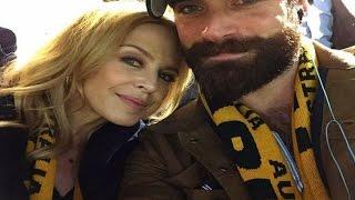 Kylie Minogue, prometida con un hombre 20 años más joven