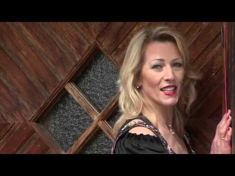 """Clip """"Herzensmelodie"""" Angela Nebauer"""