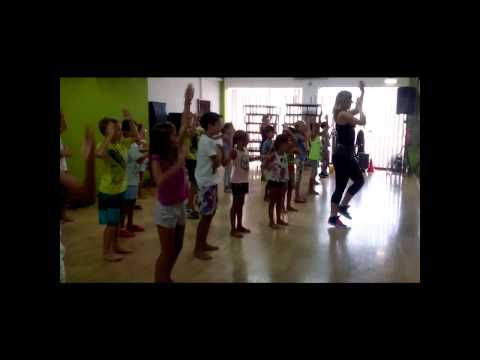 ZUMBA KIDS NO GINASIO Olimpic Fit - Health & Fitness Club  Montenegro