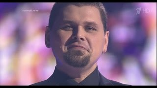 Михаил Озеров - Любовь (Голос 4 2015 Полуфинал)