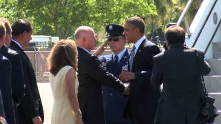OBAMA : President Obama arrives in Palm Springs for summit with President Xi Jinping of China