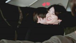 Gambar cover Taekook hugged & Taekook Moments Winter Bear cover shooting behind