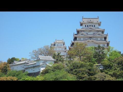 Himeji castle , Japan - Tour / Travel / Guide / Essence