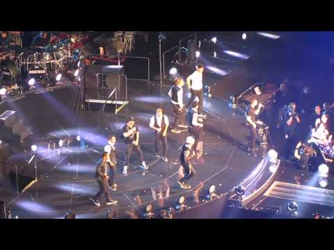NKOTBSB - Don't turn out the lights - O2 Arena - 29/4/12