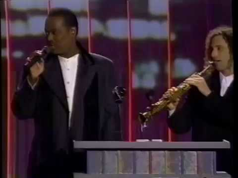 Download Luther Vandross/Kenny G - Have Yourself a Merry Little Christmas (Live on Billboards)