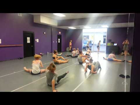 EXTEND intensive Advanced Room with Kelsey Oliver