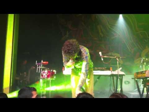 Passion Pit - Michael Angelakos forgets lyrics completely to Little Secrets