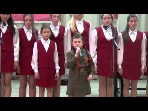 Сестры Нужины -  Весна Победы (муз. Н. и И.Нужины, сл. Н.Белянин) - к 9 мая слушать онлайн трек