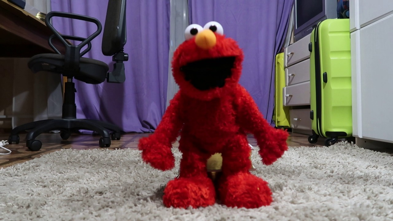 elmo live toy first test mattel without a chair youtube rh youtube com Elmo Live Encore Elmo Knows Where You Live
