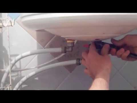 Как ЛЕГКО слить воду с бойлера (водонагревателя)!