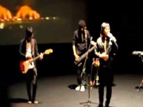 Ost Film 3 Hati 2 Dunia 1 Cinta (Ghaury) Perform
