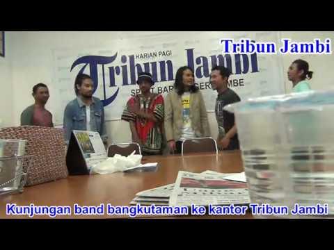 Kunjungan Band bangkutaman ke Kantor Tribun Jambi