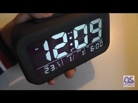 REVIEW: ZHPUAT JFE0135 Large Display Alarm Clock