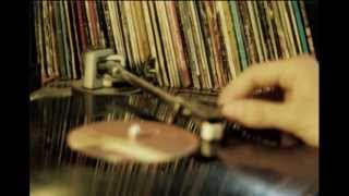 A Hundred Birds feat. Regi - Too Close (A.H.B. Vox mix)