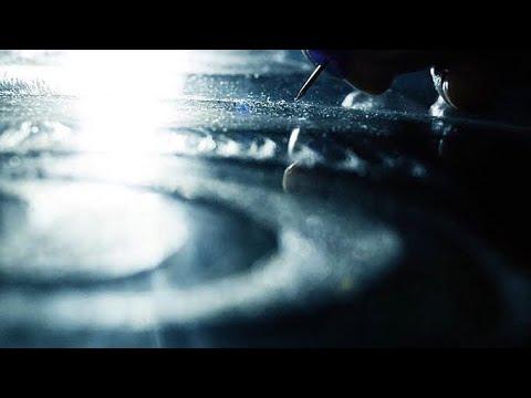 VACILLATE | Experimental Short Film | Award-Winning