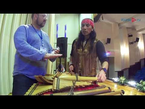 Видео: Индеец-музыкант Роберт Мамани