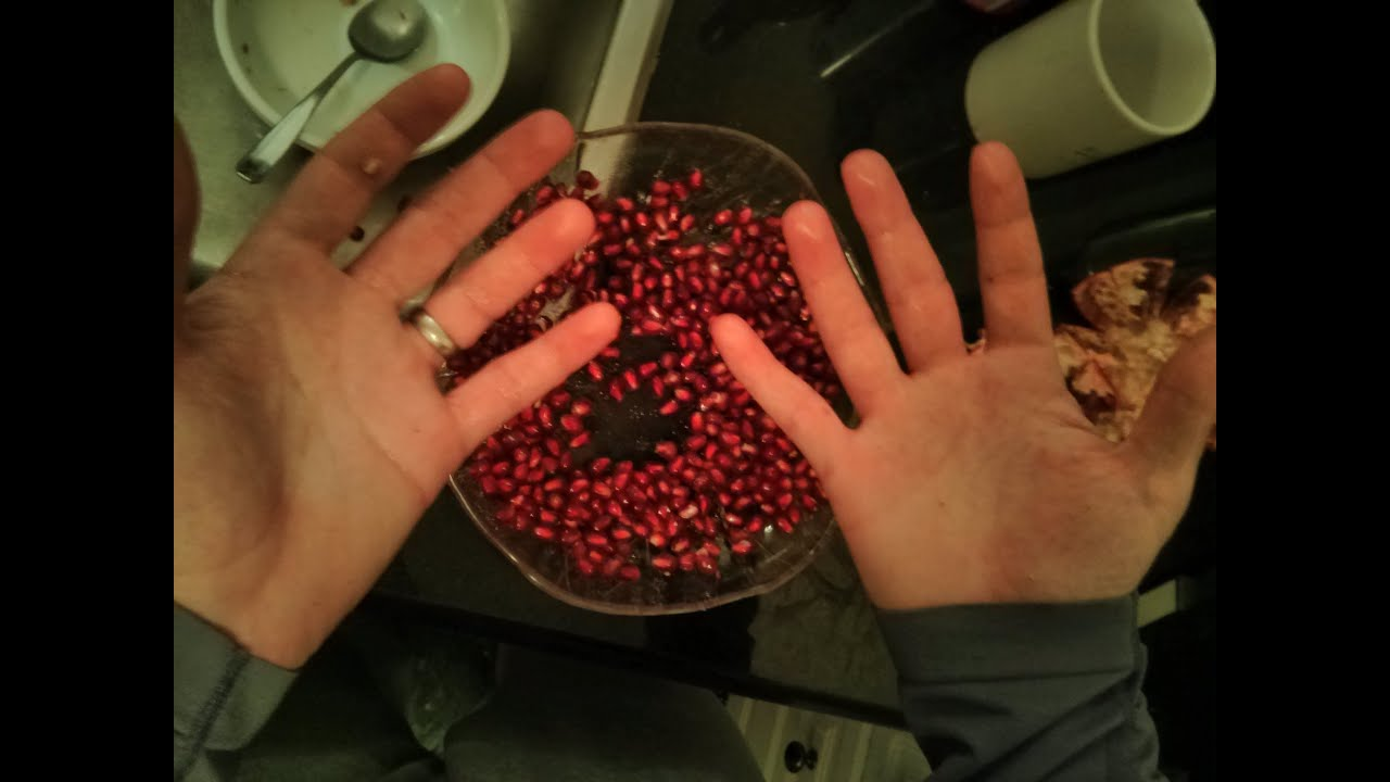 Remove Pomegranate Seeds With One Tool And No Hand Washing You