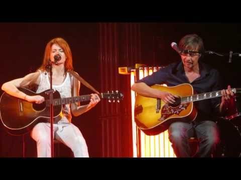 Axelle Red Je t'attends live acoustique au TRIANON LE 8 OCTOBRE 2013